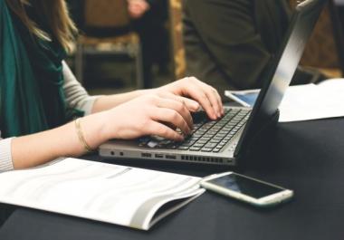 كتابة خمس مقالات في أي مجال تريد