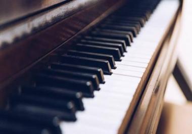 تعليم اساسيات العزف على الاورج او البيانو