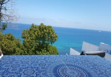 بإعطاك معلومات بكل ما يتعلق بالسياحة في المغرب