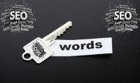 كلمات مفتاحية لجعل محركات البحث تعثر على موضوعك