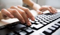 كتابة 15 صفحة كتابة دقيقة ومراجعة لغويًا أو تفريغ نصف ساعة صوتية أو إعداد بحث من 5 ورقات