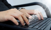 احصل على قوائم بريدية لأكثر من 20 مليون بريد اليكتروني للتسويق