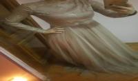 شكل الفستان المناسب لجسمك ونوع الاقمشه