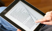 انتاج كتاب الكتروني تفاعلي يحتوي علي انواع مختلفة من الوسائط