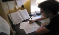 كتابة مقالات بالانجليزية والفرنسية