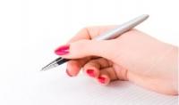 اقوم بكتابة المقالات و القصص وسرد القصص الحقيقية لمن يريد كتابة قصته