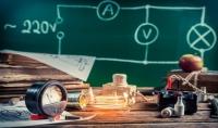 حل مسائل الفيزياء و الرياضيات