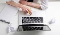 كتابة مقالة علي أي موضوع ترريده من 200 إلي 300 كلمة