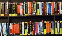 سأعطيك 10 كتب لاي لغة برمجة