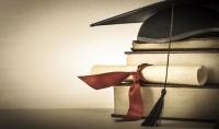 إعداد أطروحات ومشاريع التخرج باللغة العربية والإنكليزية