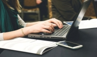 كتابة البحوث والتقارير و المقالات