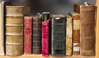 لدي خبرة في ترجمة النصوص والبحوث العلميه من الإنجليزية الى العربية والعكس