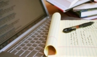 كتابة مقال في أي موضوع يهمك