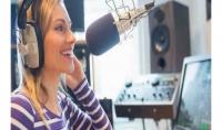عااااجل :ترجمة و تقديم خدمة التعليق الصوتي بصوت فتاة باللغة العربية الانجليزيةو الفرنسية