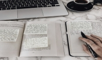 الكتابة وتفريغ النصوصو