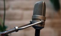 التعليق الصوتي على افلام وثائقية قصيرة وبرامج علمية وبرامج دينية بصوت عربي فصيح