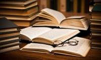 تلخيص الكتب والروايات باللغتين العربية والإنجليزية