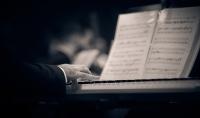 تلحين و توزيع اي عمل موسيقي  هندسة صوتية  موسيقى تصويرية