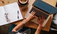 كتابة مقالات تجارية وتقنية