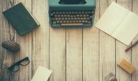 كتابة المقالات في مختلف المجالات الواسعة