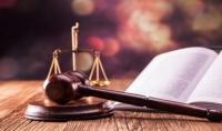 تقديم الاستشارات القانونية والشرعية