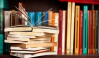 تلخيص الكتب والأبحاث والمقالات والقصص .