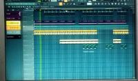 قوم بعمل الموسيقي منذ ٨ اعوام و متميز جدا في هذا المجال و ايضا أقوم بعمل هندسة صوتية