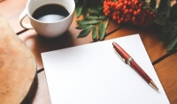 كتابة نصوص ومقالات وقصص وروايات بالعربية والانجليزية