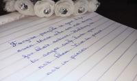 الكتابة بخط واضح باليد
