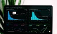 عمل data analysis لاي شركة او مشروع